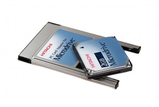 HITACHI MICRODRIVE W/ PC Card Adapter